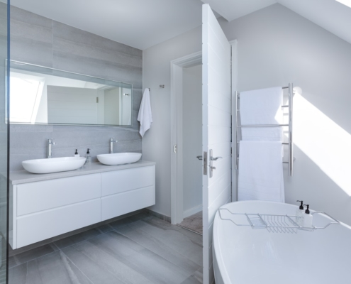 Bathroom-Fitter-in-Bolton